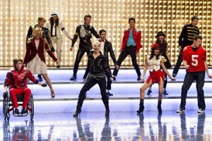 "Watch Glee's Michael Jackson Full Performance of ""Wanna Be Startin' Somethin'"""