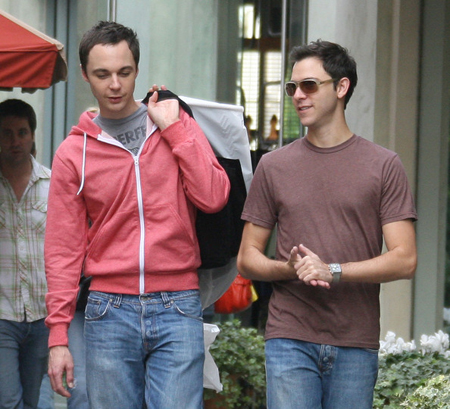 Big bang theory star jim parsons comes out as gay queer me up