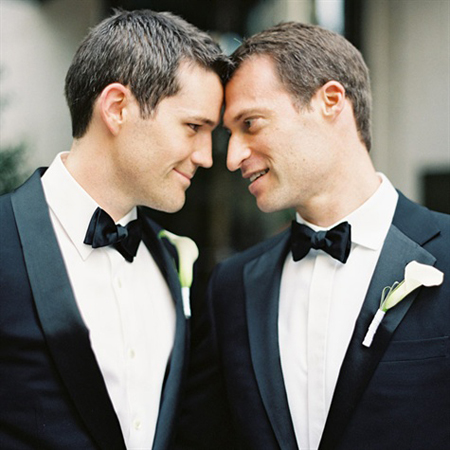 Gay wedding2345434