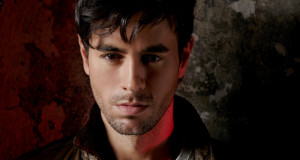 "Enrique Iglesias Makes History With ""Bailando""‏"