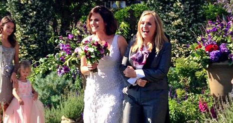 Melissa Etheridge Marries Fiancee Linda Wallem