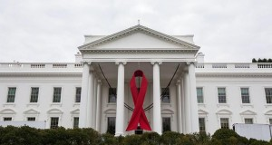 Top White House AIDS Official Visits San Francisco Clinic on National HIV Testing Day