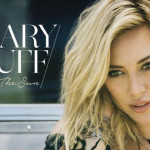 "HILARY DUFF PREMERES THE VIDEO FOR THE FIRST SINGLE ""CHASING THE SUN"" VIA VEVO TODAY‏"