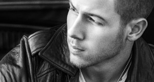 "Nick Jonas premieres ""Chains"" music video – Song available at all digital retailers‏"