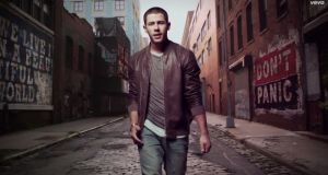 "Nick Jonas unveils ""Jealous"" video"