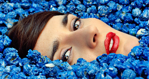 Win <i>Complètement Fou</i>  the brand-new album from French electro-pop act Yelle