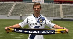 LA Galaxy sign Robbie Rogers to multi-year contract extension