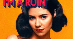 "Marina And The Diamonds Releases Acoustic Video For ""I'm A Ruin""‏"