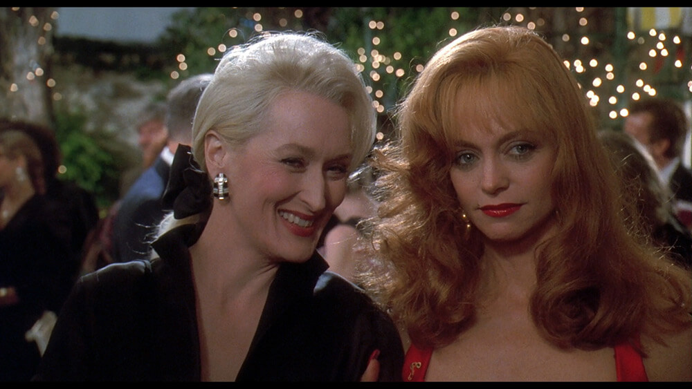 Death-Becomes-Her-still-10