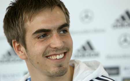 Germany captain Philipp Lahm says gay footballers should stay in the closet ...