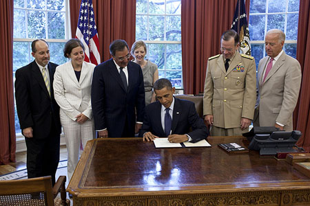 President obama signs DADT repeal