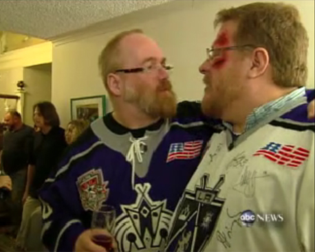 Filmmaker Kevin Smith Officiated 'Gay Hockey Wedding' Scott Loudon and ...