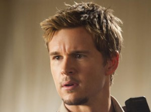 Sexy Ryan Kwanten On His Tight Police Uniform