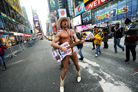 the naked cowboy2 Shawnee Smith